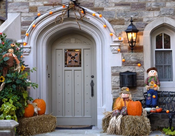 Exterior decoration for Halloween