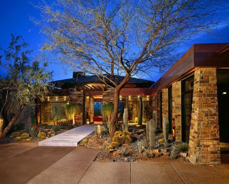 Fachadas de casas modernas revestidas con piedras