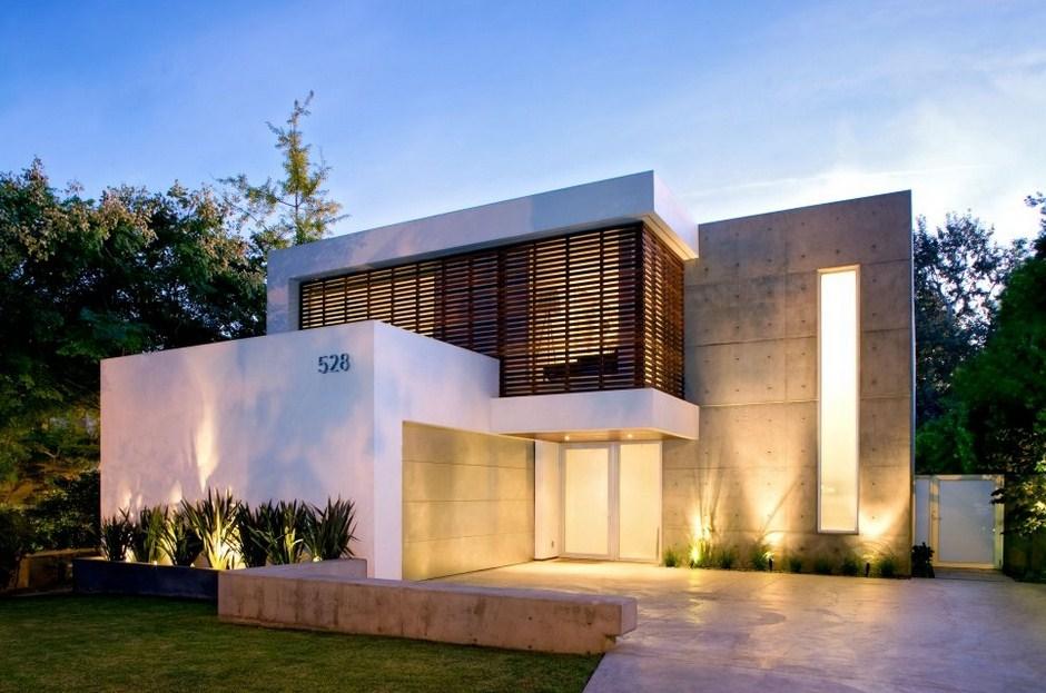 Frentes de casas con cemento alisado