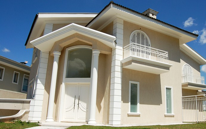 Modelos de fachadas de casas for Modelos de techos para casas de dos pisos