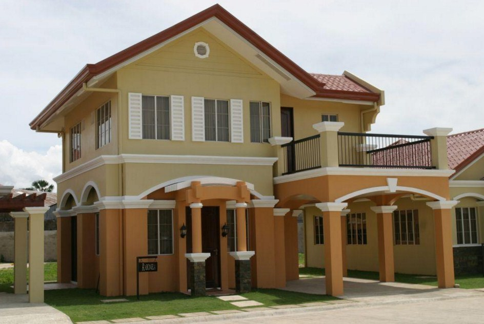 Fachadas de casas con teja de terracota