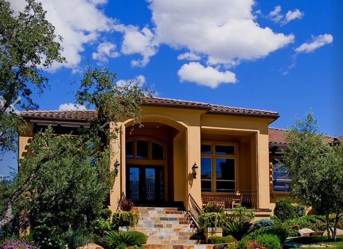 Fachadas de casas sencillas con tejas