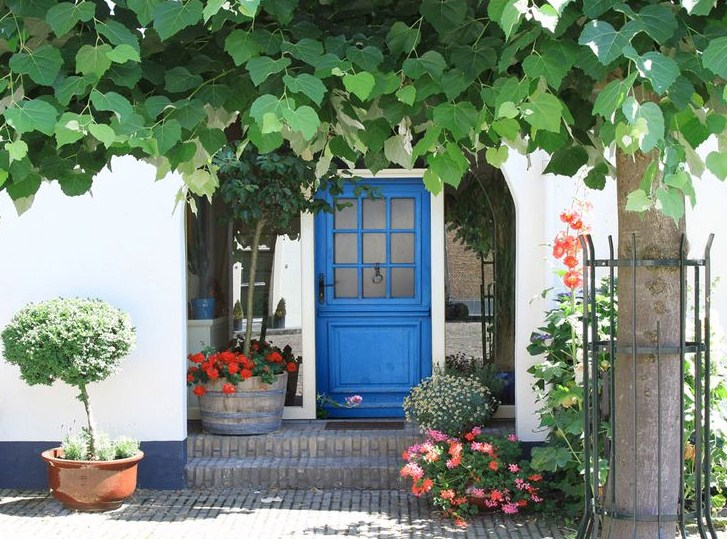 Fachadas de casas sencillascon flores