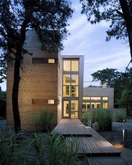 Frentes de casas modernas de 3 pisos