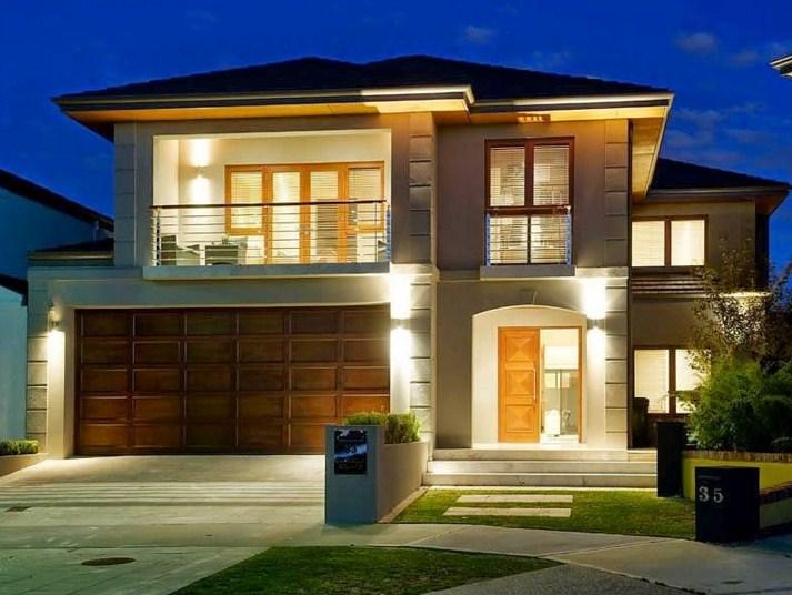 Fachadas de casas con baldosas claras