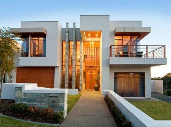 Fachadas de casas con baldosas en las paredes