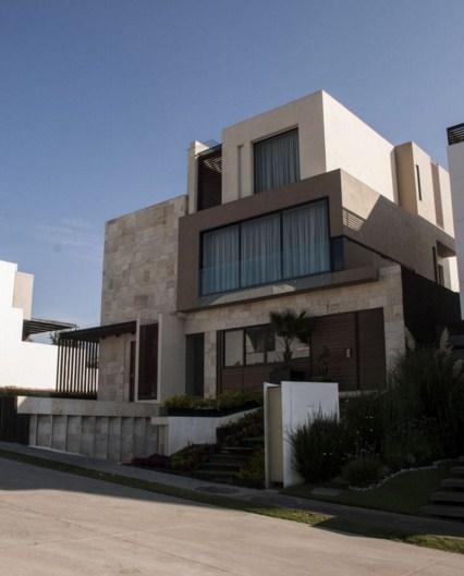 Materiales para frentes de casas part 6 for Fachadas de casas de 3 pisos modernas