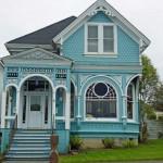 Fachadas de casas de color celeste