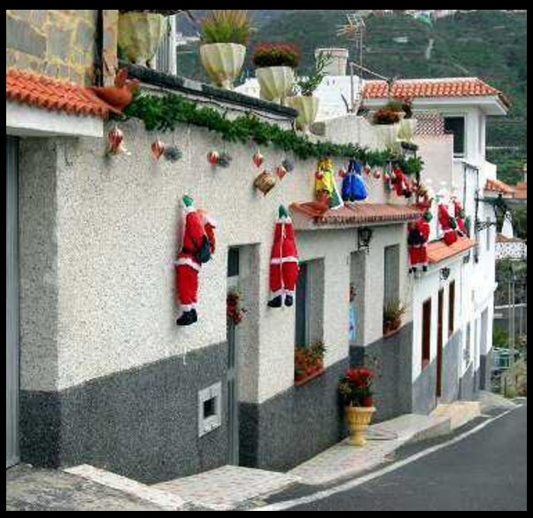 Frentes de casas con luces navide as for Casas decoradas de navidad interiores