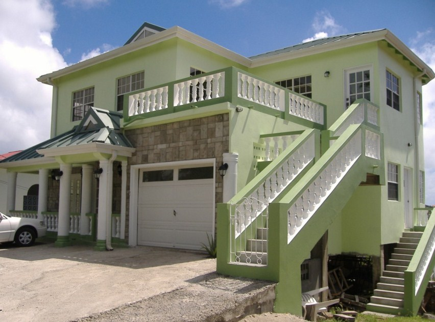 Casas pintadas de color verde