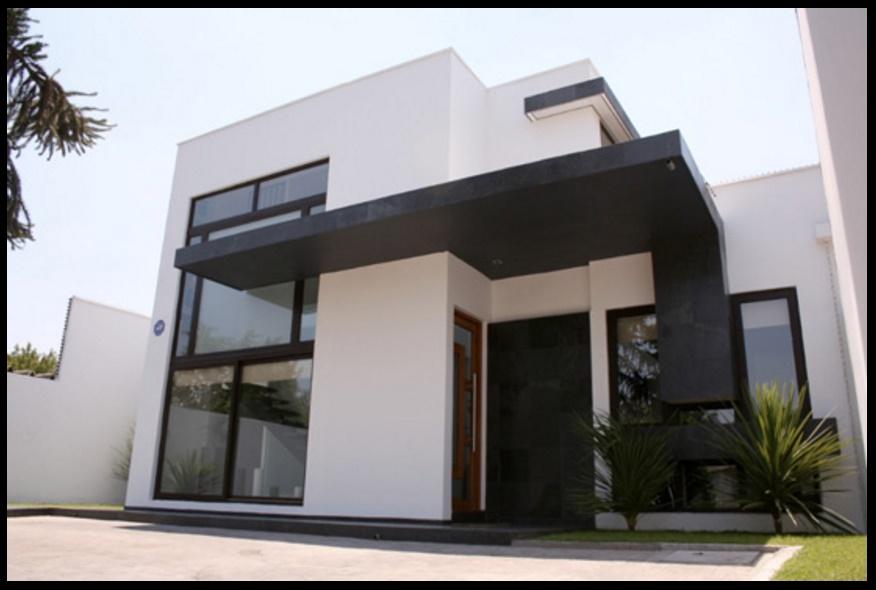 Fachada de lujo con amplios ventanales