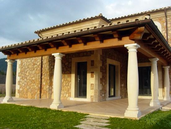Fachadas bonitas con columnas