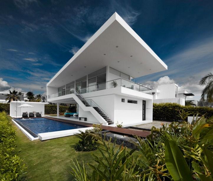Fachadas de casas con volados