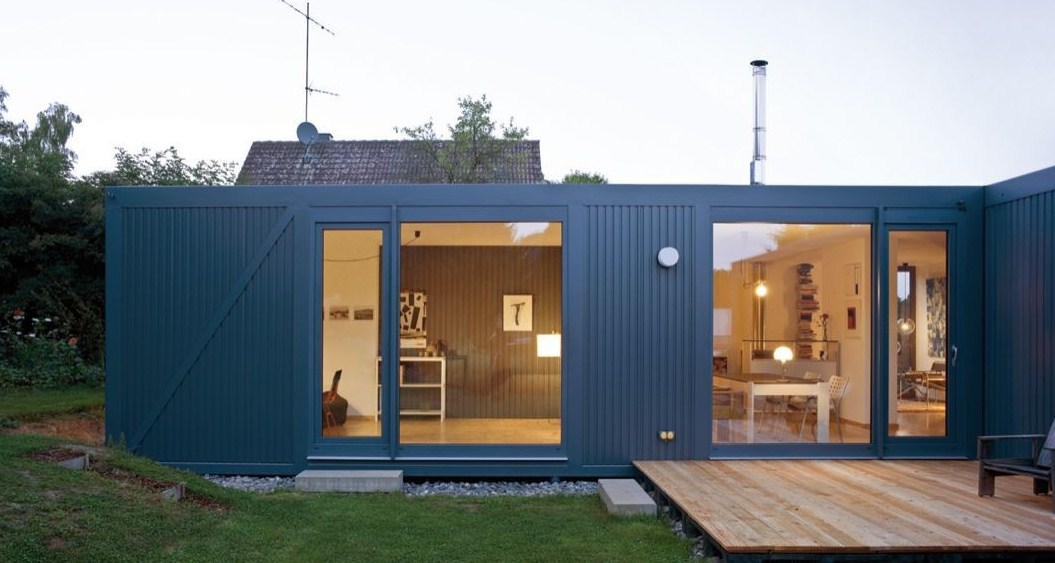 Houses Modern with containers