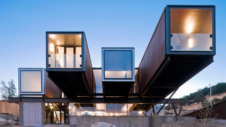 Avant-garde houses with containers