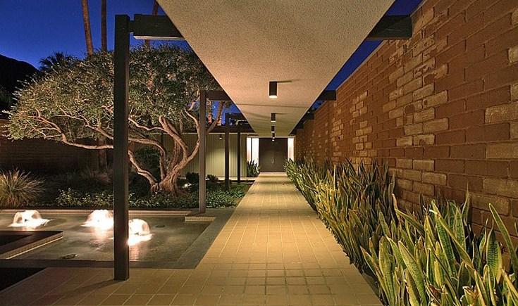 Fachadas de casas modernas con fuentes