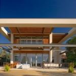Fachada de casa con techos virtuales