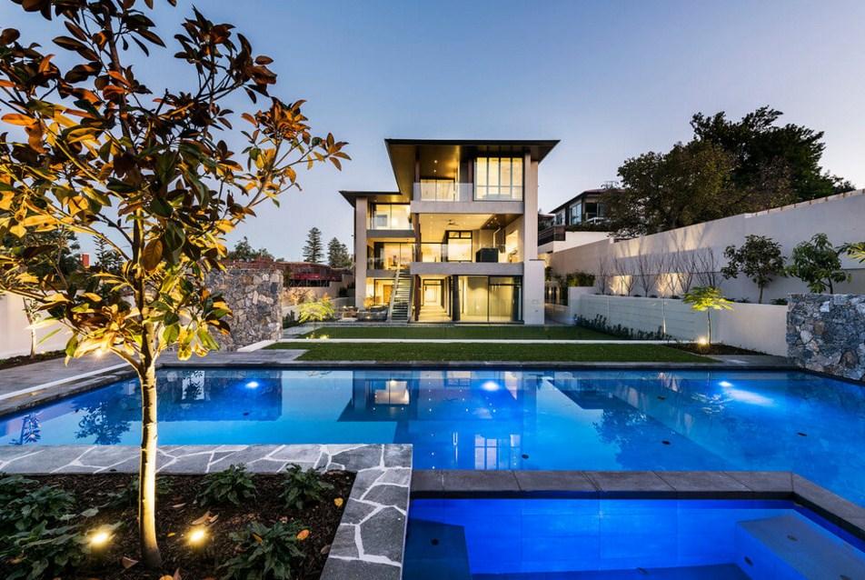 Diseños para fachadas de casas con piscina