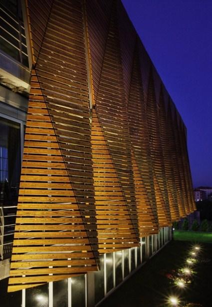 Fachadas con parasoles for Parasoles arquitectura