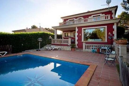 Casas coloniales con piscina