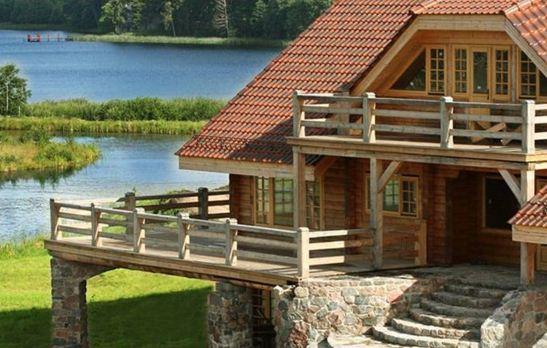 Fachadas con troncos