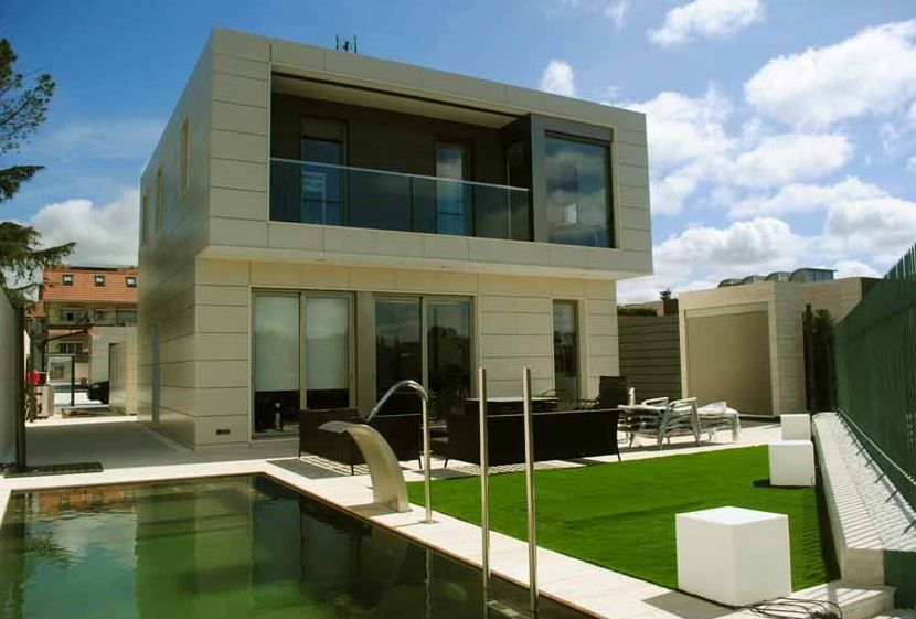fachadas de casas bonitas de 2 pisos