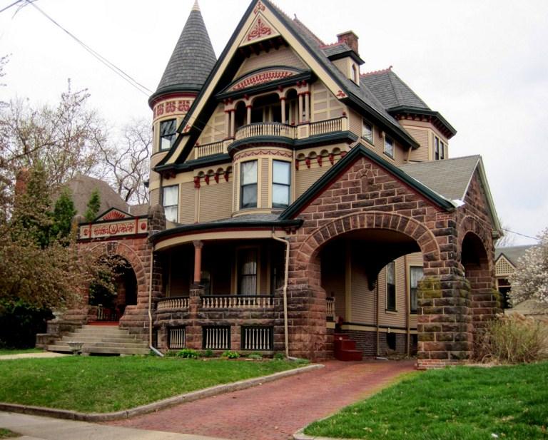 fachadas de casas lujosas rusticas