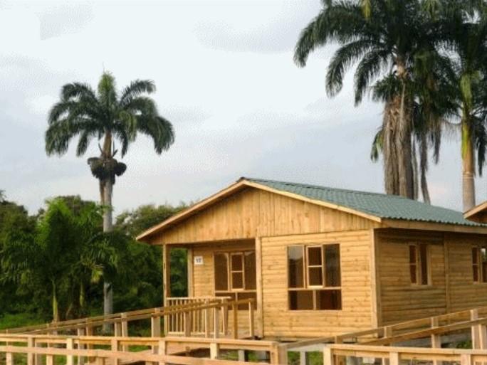 Fachadas de casas de madera - Cuanto cuesta hacer una casa de dos plantas ...