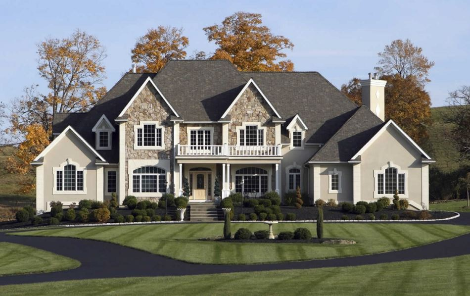 fachadas de casas grandes con chimenea
