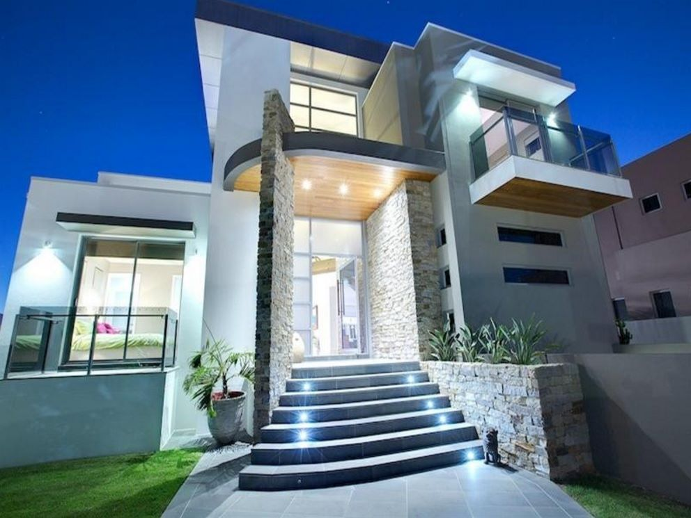 Fachadas de casas con escalera enfrente Pisos para exteriores de casas modernas