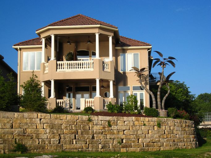 Casas con estilo colonial for Estilos de casas modernas