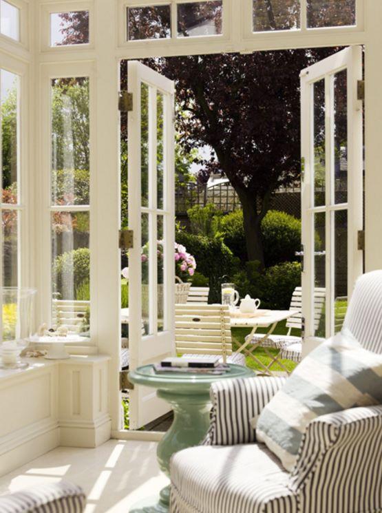 Casas con ventanas de arco for Entradas francesas