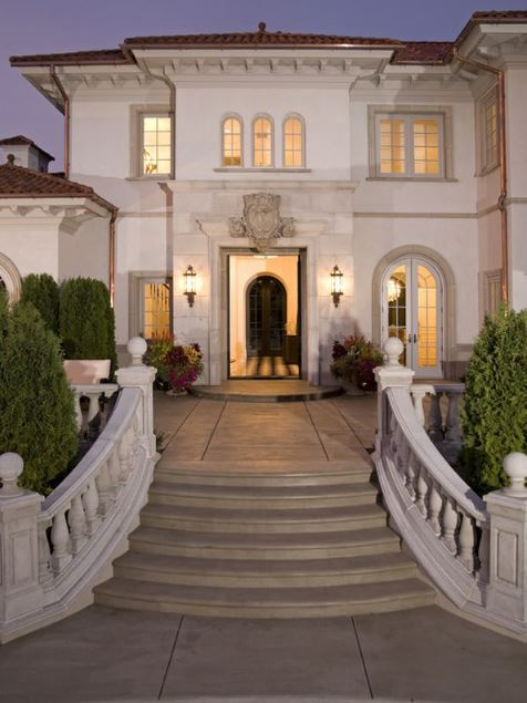 Escaleras de piedra para fachadas