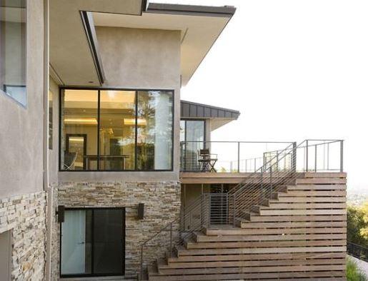 Modelos de escaleras exteriores para casas Pisos para exteriores de casas modernas