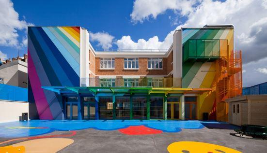 Fachadas de jardines de infantes