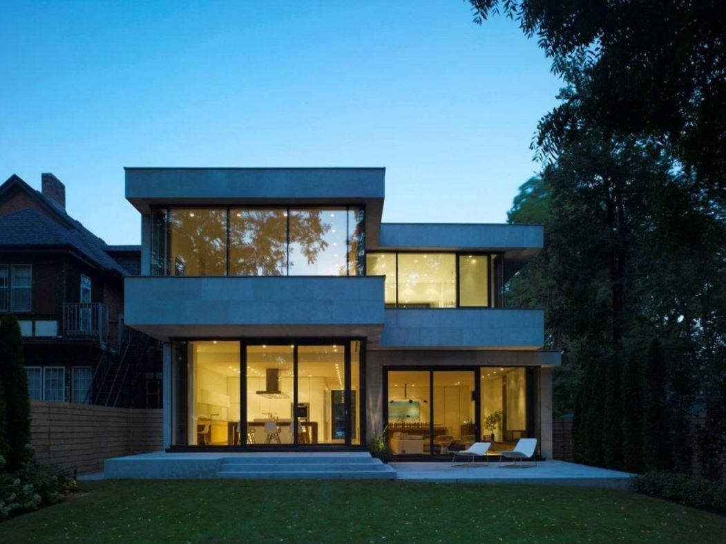 Fachadas de casas cuadradas for Fachadas de ventanas para casas modernas