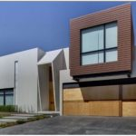 Casa moderna con garaje triple