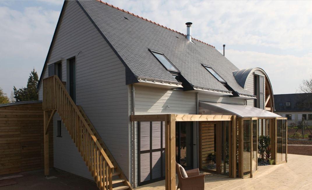 fachada-de-vivienda-bioclimatica