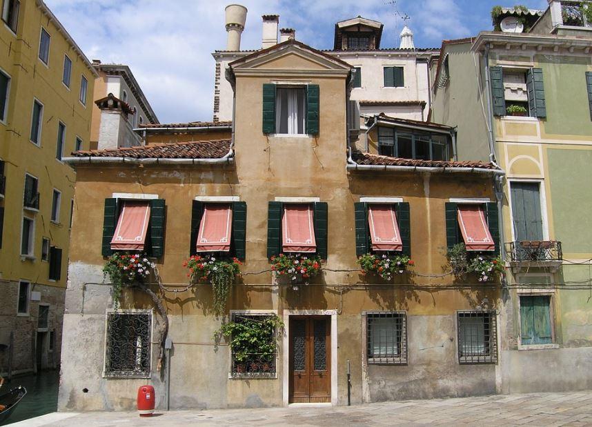fachadas-de-casas-venecianas