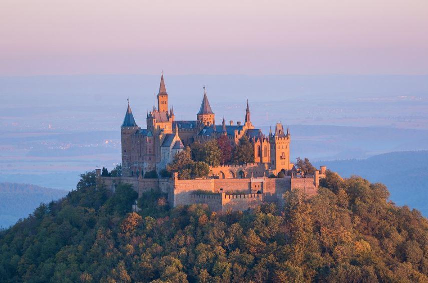 fachadas-de-castillos-hermosso