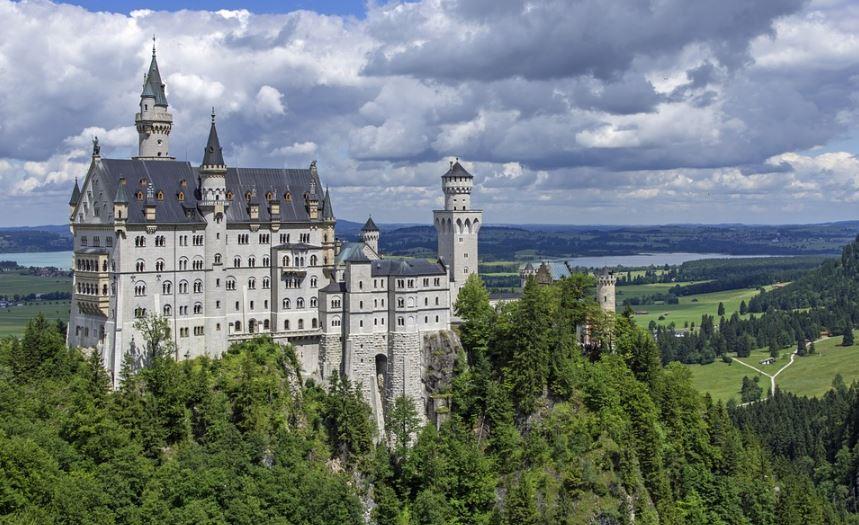 fachadas-de-castillos-majestuosos