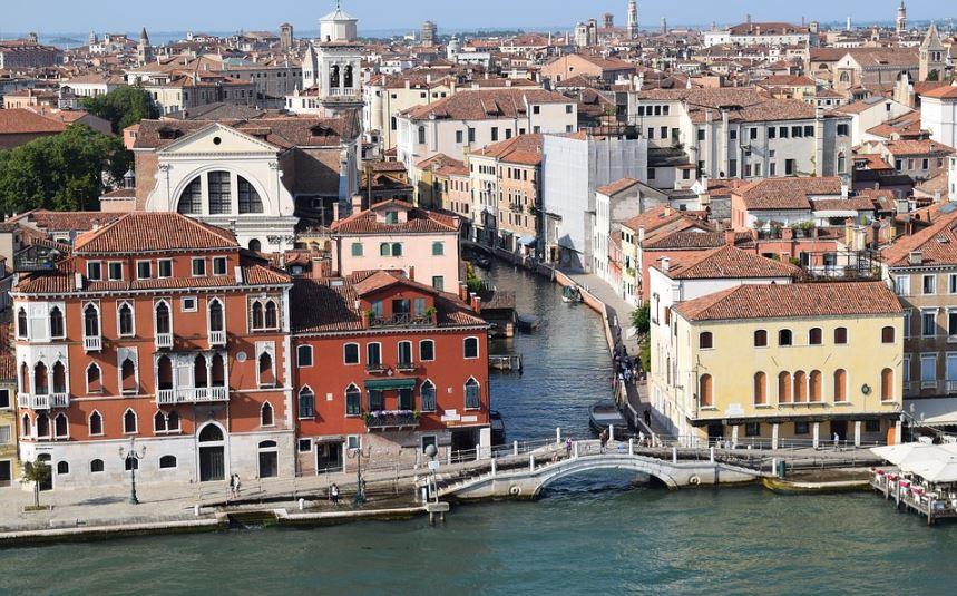 fachadas-de-palacios-venecianos