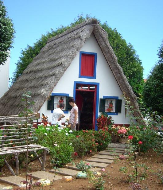casas-con-techos-de-palma