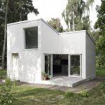 Fachada de casa simple en 2 pisos