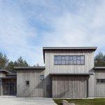 Casa de madera en listones verticales