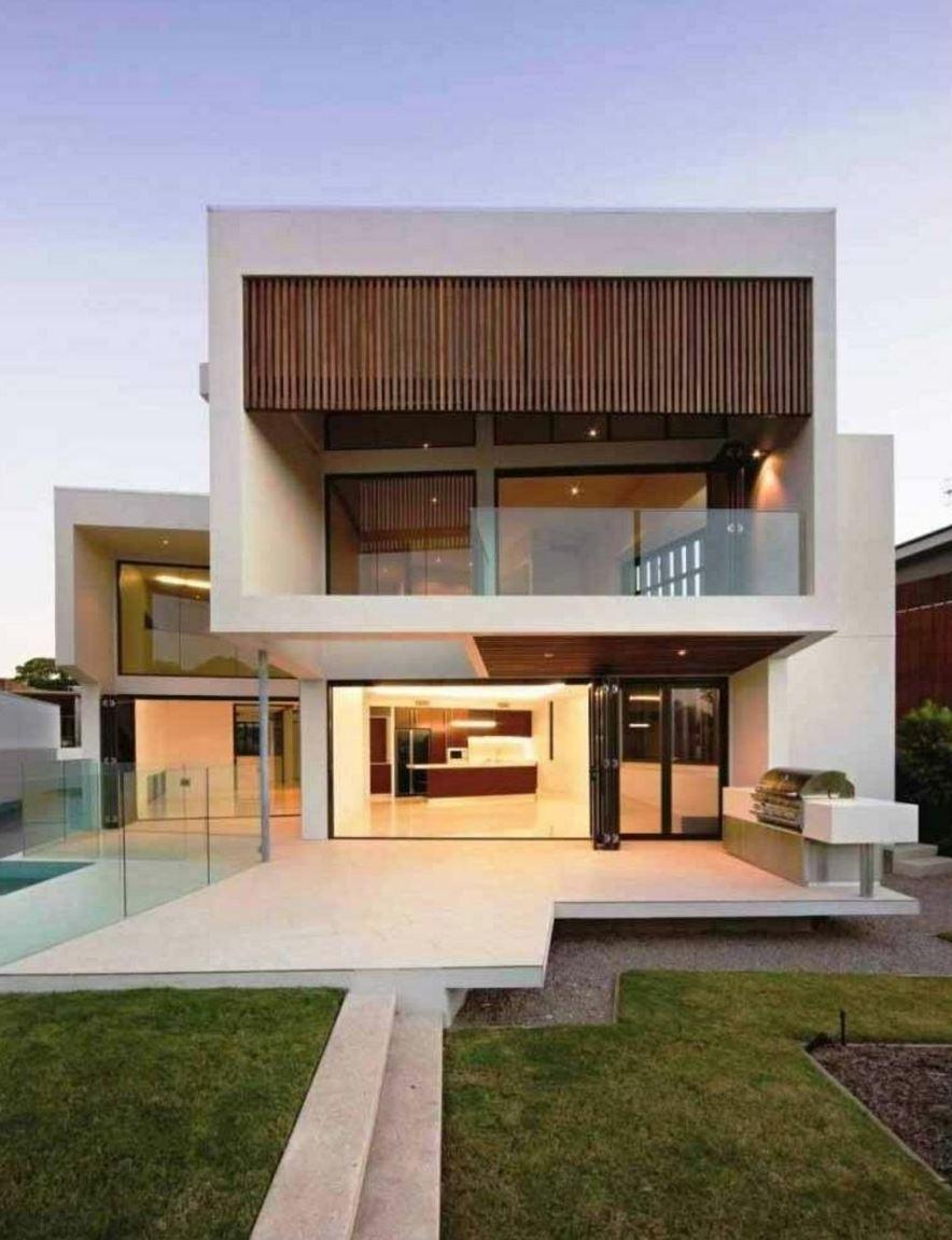 Casa moderna con balc n y jard n - Jardines casas modernas ...