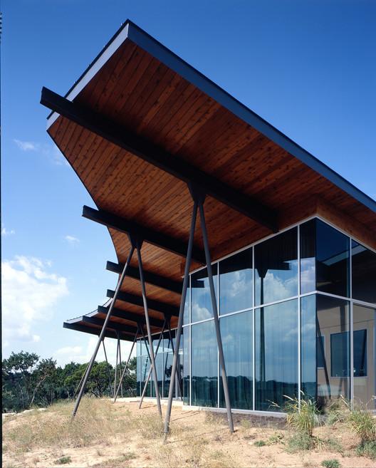 Frentes de casas for Texas ranch piani casa con portici