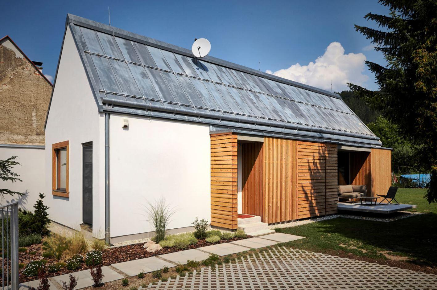 Fachadas de casas con techo a dos aguas for Terminaciones de techos interiores