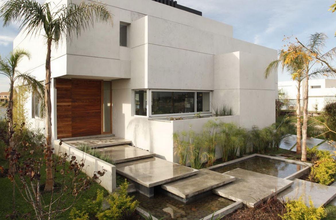 Construccion de fachadas de casas for Fachadas de entradas de casas modernas