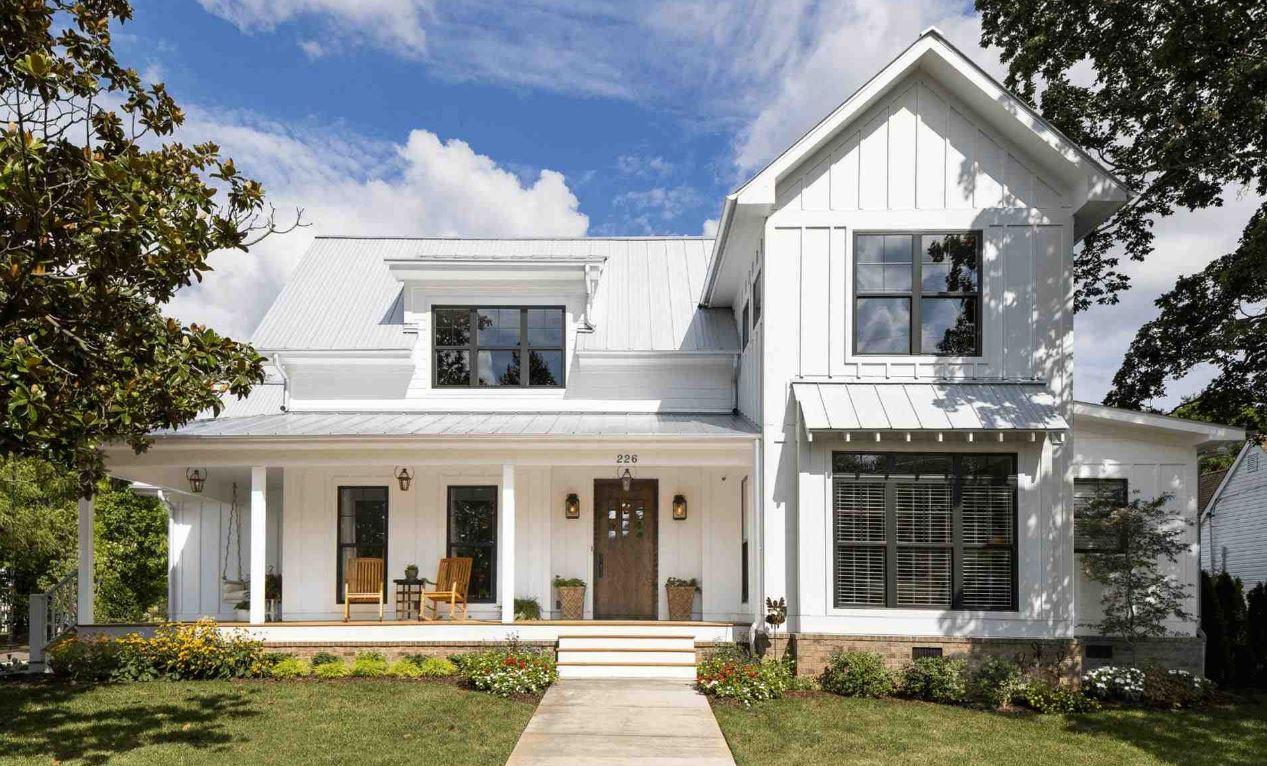 Fachadas de casas de madera pintadas de blanco 20 for Frentes de casas pintadas